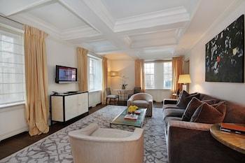 Suite (Madison)