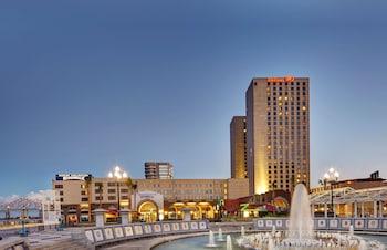 新奧爾良河濱希爾頓飯店 Hilton New Orleans Riverside