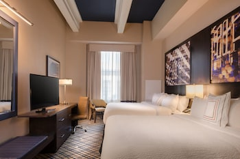 Guestroom at Fairfield Inn & Suites New Orleans Downtown in New Orleans