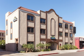 Hotel - Days Inn by Wyndham Alhambra CA