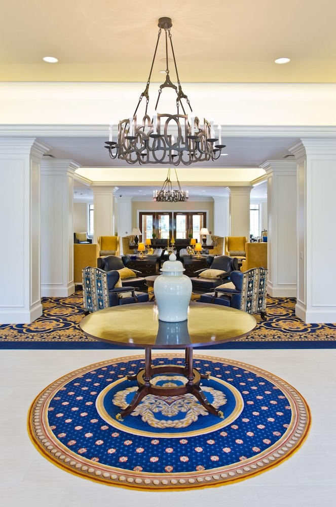 Photo of lobby of the Morris Inn hotel in South Bend, Indiana