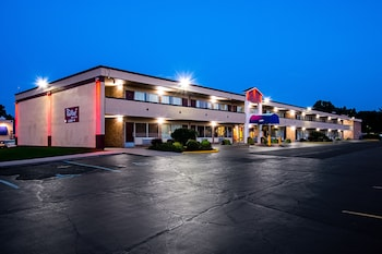 Hotel - Red Roof Inn & Suites Battle Creek