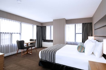 Room, 1 King Bed, Kitchenette (Corporate)