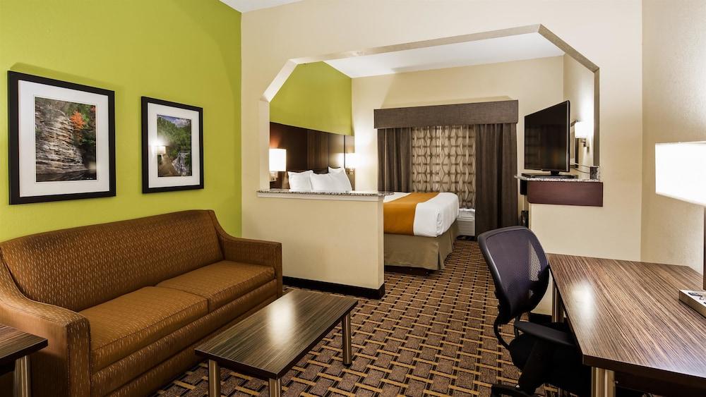 베스트 웨스턴 녹스빌 스위트 - 다운타운(Best Western Knoxville Suites - Downtown) Hotel Image 18 - Guestroom