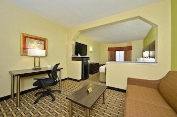 베스트 웨스턴 녹스빌 스위트 - 다운타운(Best Western Knoxville Suites - Downtown) Hotel Image 7 - Guestroom