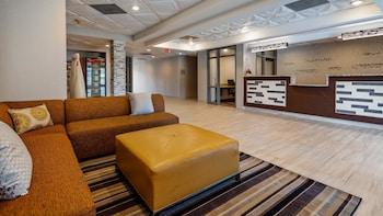 貝斯特韋斯特市中心諾克斯維爾套房飯店 Best Western Knoxville Suites - Downtown