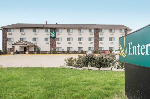 Quality Inn and Suites, McLean