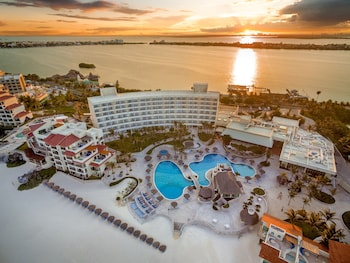 Hotel - Grand Park Royal Cancun - All Inclusive