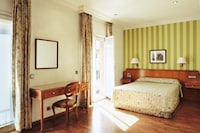 Double Room (Room Only Non Refundable)