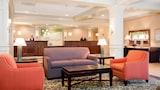 Crystal Lake Hotels