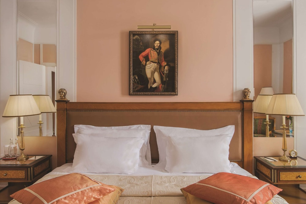 https://i.travelapi.com/hotels/1000000/20000/20000/19960/28b3e374_z.jpg