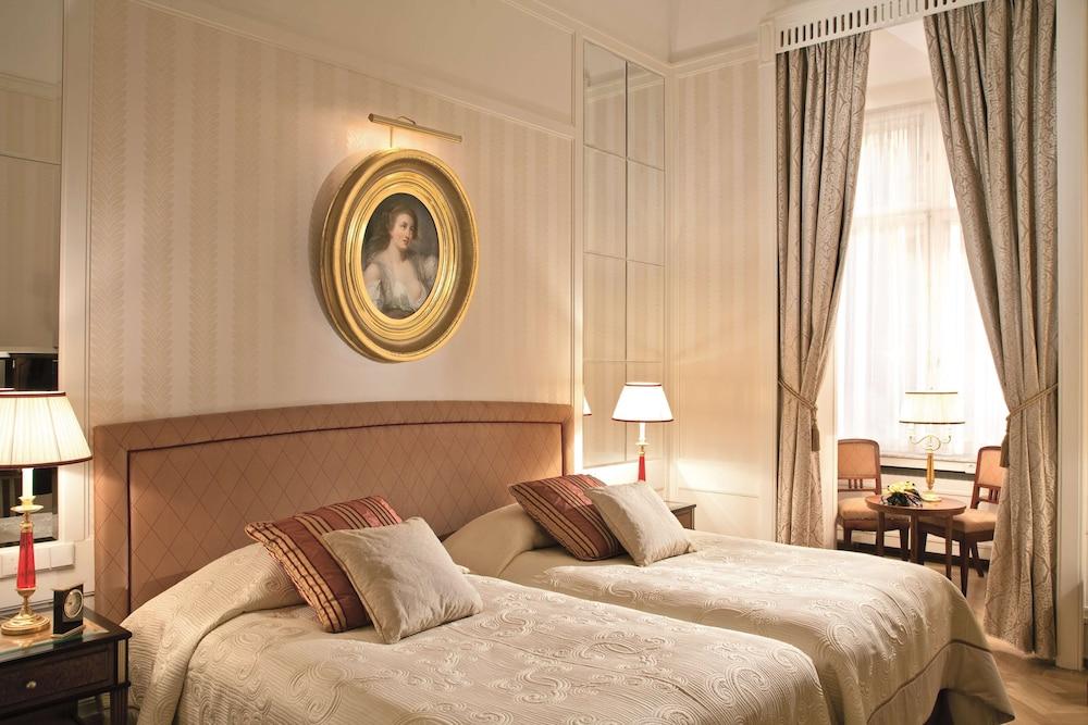 https://i.travelapi.com/hotels/1000000/20000/20000/19960/873a59ad_z.jpg