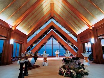 Shangri-La Mactan Banquet Hall