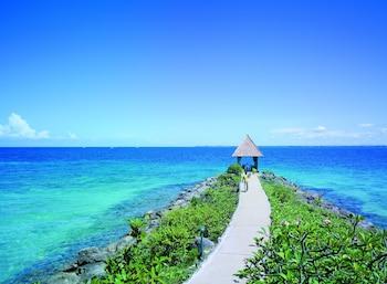 Shangri-La Mactan Beach/Ocean View
