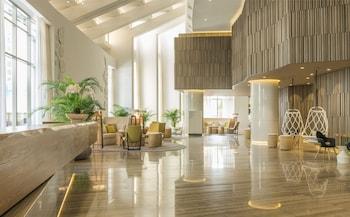 Book Le Royal Meridien Beach Resort And Spa in Dubai.