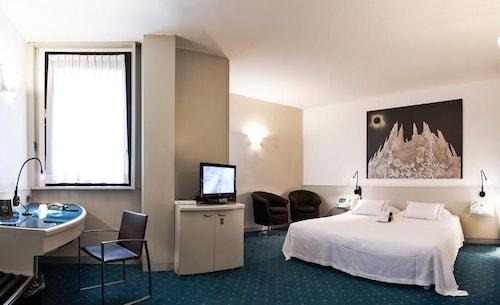 Hotel Milano, Padua