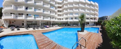 Calella - Hotel Bernat II - z Gdańska, 6 kwietnia 2021, 3 noce