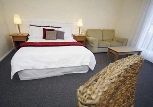 Comfort Inn The International, Colac-Otway - South