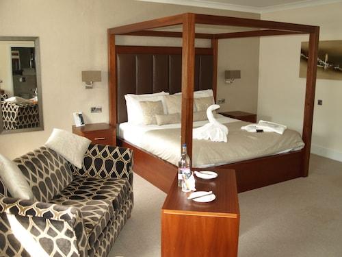 . Best Western Lion Hotel
