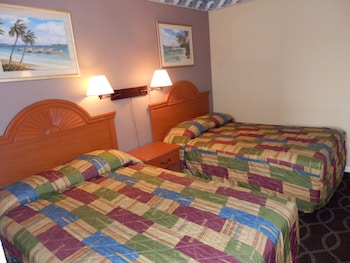 Guestroom at Rodeway Inn by the Beach in Virginia Beach