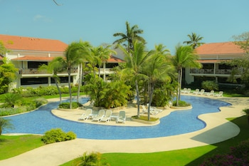 Hotel - Coronado Golf & Beach Resort