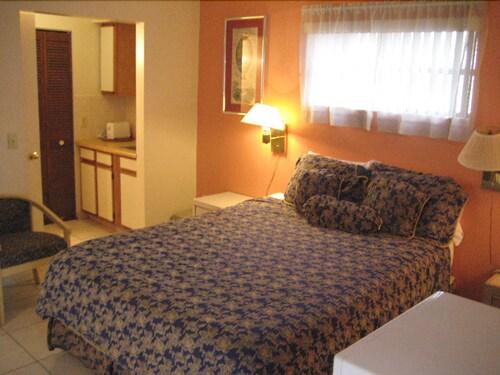 Homing Inn, Palm Beach