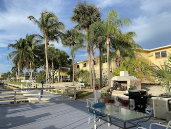 海德威海邊度假飯店 Hideaway Waterfront Resort & Hotel