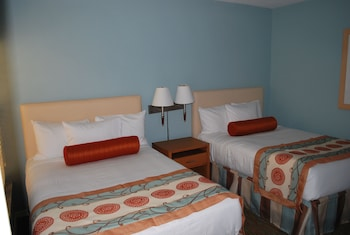 Suite, Multiple Beds, Kitchenette (1 Sleeper Sofa)