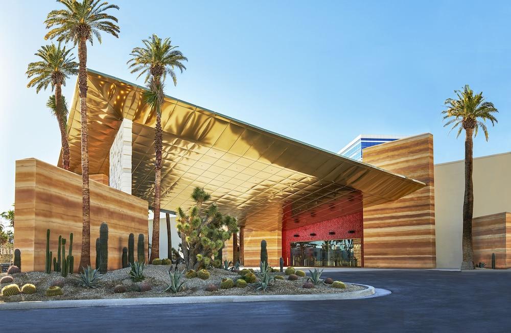 Hotel Virgin Hotels Las Vegas, Curio Collection by Hilton