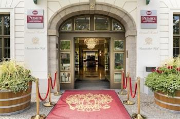 魯瑟斯赫爾貝斯特韋斯特豪華飯店 Best Western Premier Grand Hotel Russischer Hof