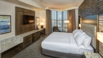 Superior Room, 1 King Bed - Promenade King