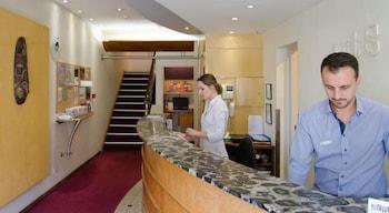 Reception at Arts Hotel in Paddington