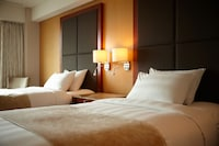 Club Deluxe Twin Room (Club lounge access for 2)