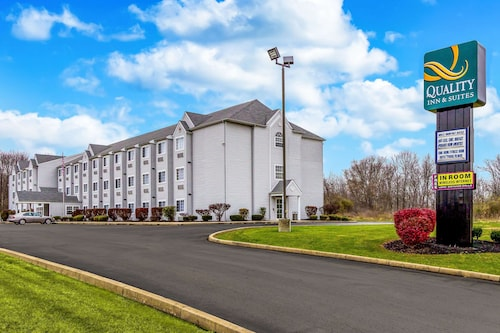 . Quality Inn & Suites North Lima - Boardman