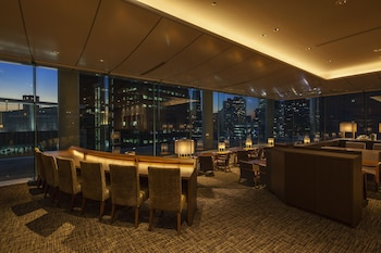 CENTURY SOUTHERN TOWER HOTEL Lounge