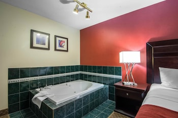 King Room with Jacuzzi Tub
