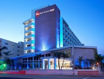 Hotel - Best Western Plus Atlantic Beach Resort