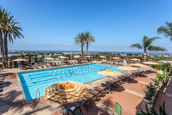 Grand Pacific Palisades Resort Hotel