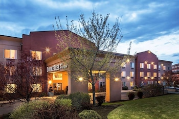 南本德希爾頓逸林飯店 DoubleTree by Hilton Hotel Bend