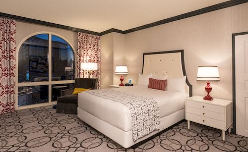 Paris Las Vegas Resort & Casino image 11