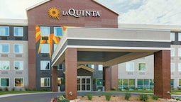 La Quinta Inn & Suites by Wyndham Austin Round Rock