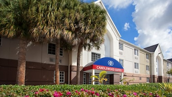 Candlewood Suites Miami Airport West photo