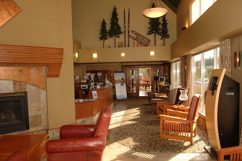 . Lakeview Inns & Suites - Hinton