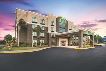 南清水溫德姆拉昆塔套房飯店 La Quinta Inn & Suites by Wyndham Clearwater South