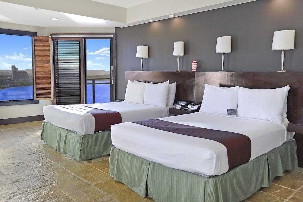 デュシット ビーチ リゾート グアム