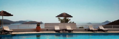 . Patmos Paradise Hotel