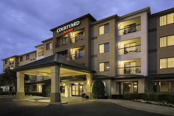 Courtyard by Marriott Dallas Mesquite photo
