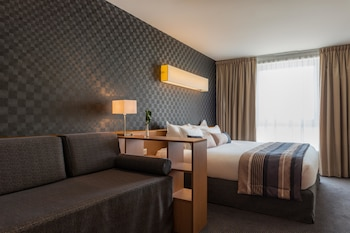 Executive Room, 1 King Bed (Larger Room;with Sofabed)