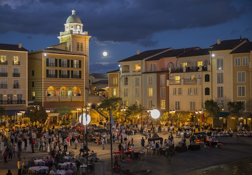 Universal's Loews Portofino Bay Hotel image 28