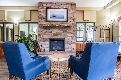 Comfort Suites Columbia River, Clatsop